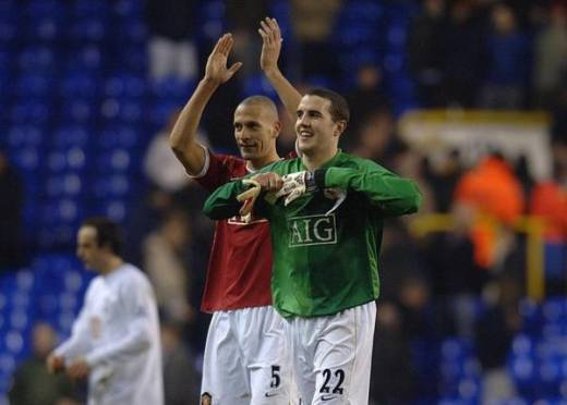 Manchester United's stand in goalkeeper John O'Shea and Rio Ferdinand celebrate at the final whistle after the Barclays Premiership match against Tottenham at White Hart Lane, London. PRESS ASSOCIATION Photo. Picture date: Sunday February 4, 2007. Photo credit should read: Sean Dempsey/PA Wire. THIS PICTURE CAN ONLY BE USED WITHIN THE CONTEXT OF AN EDITORIAL FEATURE. NO WEBSITE/INTERNET USE UNLESS SITE IS REGISTERED WITH FOOTBALL ASSOCIATION PREMIER LEAGUE.